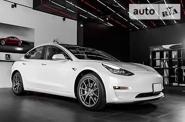 Tesla Model 3 2017 в Киеве