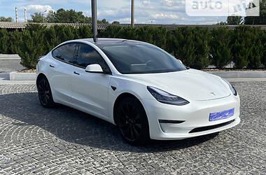 Седан Tesla Model 3 2018 в Днепре