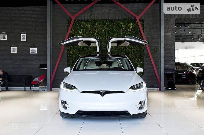 Tesla Model S 100D 2017 года в Одессе