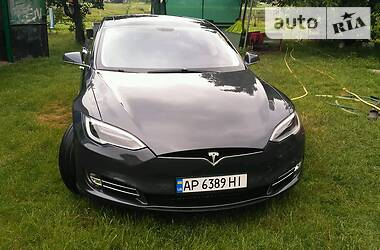 Tesla Model S 2014 в Днепре
