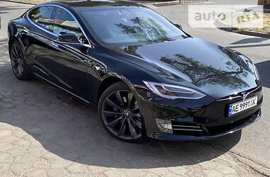 Tesla Model S 2017 в Кривом Роге