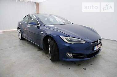 Tesla Model S 2016 в Дубно