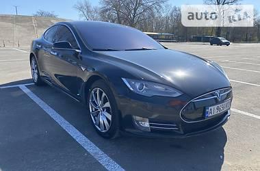 Седан Tesla Model S 2013 в Києві
