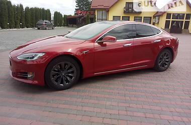 Лифтбек Tesla Model S 2019 в Староконстантинове