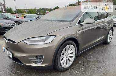 Tesla Model X 75D 2016 в Днепре
