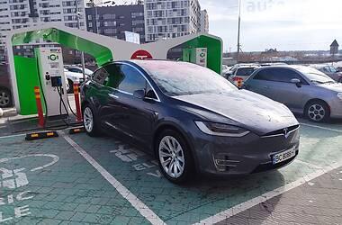 Позашляховик / Кросовер Tesla Model X 2017 в Львові