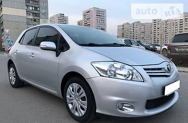 Toyota Auris 2010 в Киеве