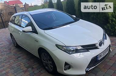 Toyota Auris 2014 в Ровно