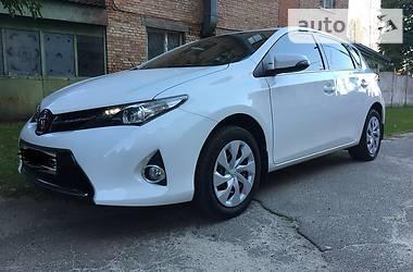 Toyota Auris 2014 в Киеве
