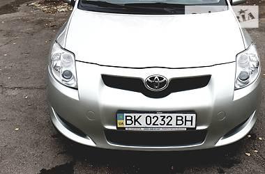 Toyota Auris 2007 в Сарнах