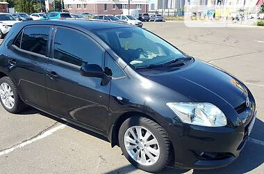 Toyota Auris 2009 в Киеве