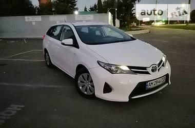 Toyota Auris 2014 в Житомире