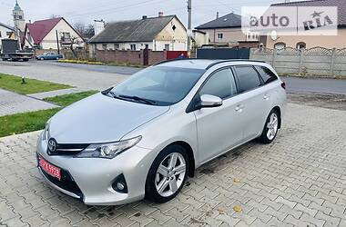 Toyota Auris 2015 в Здолбунове