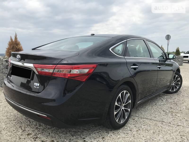 Toyota Avalon 2017 в Чернівцях