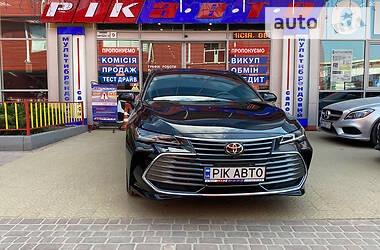 Toyota Avalon 2018 в Львове