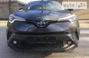 Внедорожник / Кроссовер Toyota C-HR 2019 в Киеве