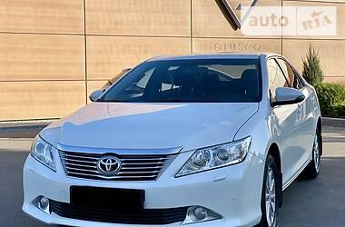 Toyota Camry 2013 в Дніпрі