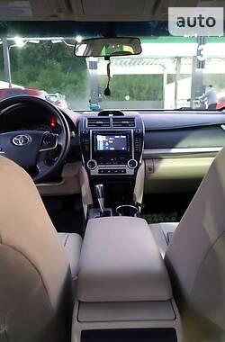 Седан Toyota Camry 2013 в Харькове