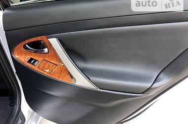 Седан Toyota Camry 2008 в Рівному