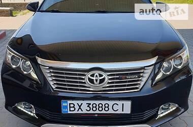 Седан Toyota Camry 2012 в Хмельницком