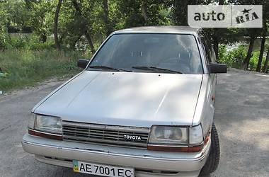 Toyota Carina 1987 в Днепре