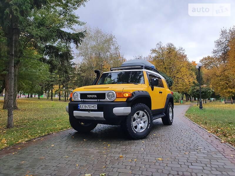 Toyota FJ Cruiser 2006 в Харькове