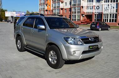 Toyota Fortuner 2006 в Николаеве
