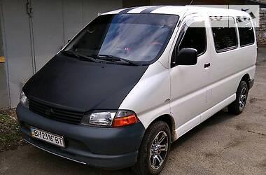 Легковой фургон (до 1,5 т) Toyota Hiace пасс. 2003 в Одессе