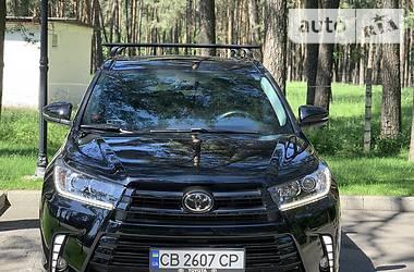 Toyota Highlander 2018 в Чернигове