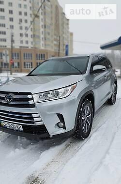 Toyota Highlander 2017 в Черновцах