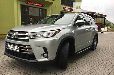 Внедорожник / Кроссовер Toyota Highlander 2019 в Богородчанах