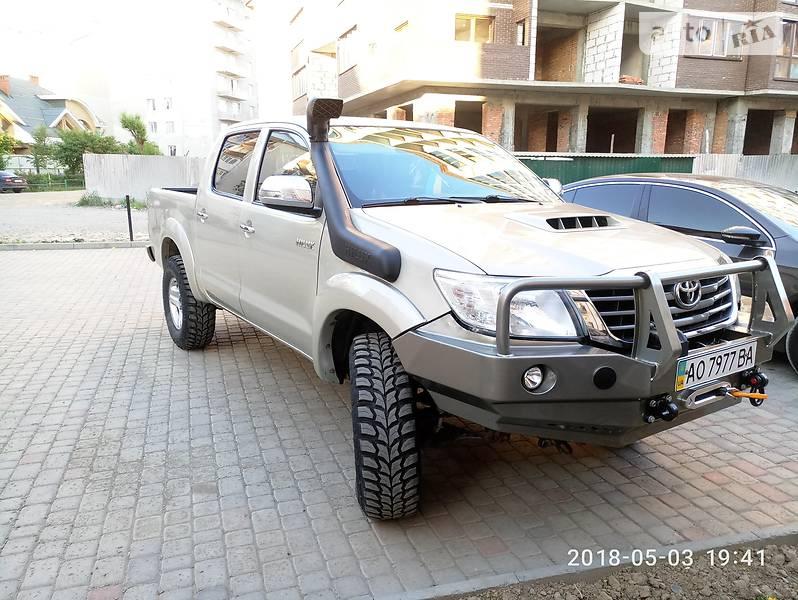 Toyota Hilux 2013 в Ужгороді