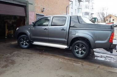 Toyota Hilux 2010 в Прилуках