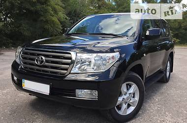 Toyota Land Cruiser 200 2011 в Киеве