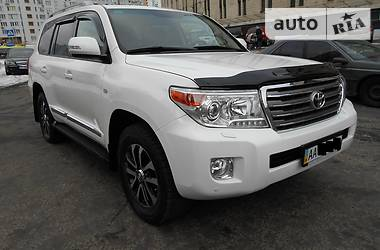 Toyota Land Cruiser 200 2012 в Киеве