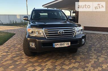 Toyota Land Cruiser 200 2013 в Сумах