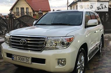 Внедорожник / Кроссовер Toyota Land Cruiser 200 2013 в Черновцах