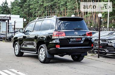 Внедорожник / Кроссовер Toyota Land Cruiser 200 2019 в Киеве
