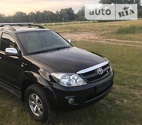Toyota Land Cruiser 76 2006 в Киеве