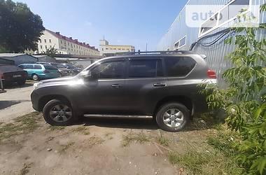 Позашляховик / Кросовер Toyota Land Cruiser Prado 150 2013 в Києві