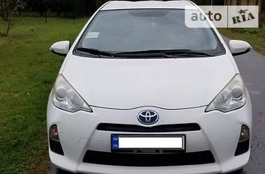 Toyota Prius C 2013 в Киеве