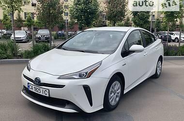 Универсал Toyota Prius 2019 в Киеве