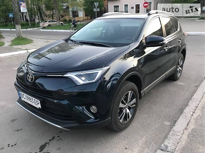 Toyota Rav 4 2016 в Сокале