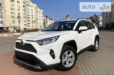 Toyota RAV4 2020 в Киеве