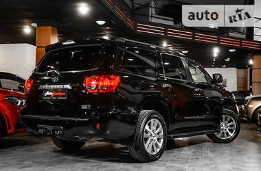 Внедорожник / Кроссовер Toyota Sequoia 2014 в Одессе