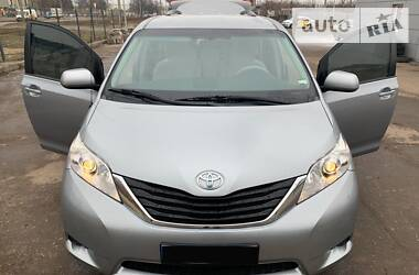 Toyota Sienna 2013 в Харькове