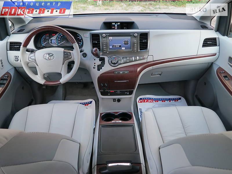 Toyota Sienna 2017 в Киеве
