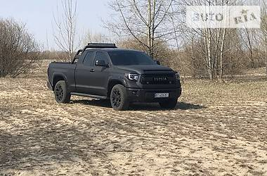 Toyota Tundra 2016 в Киеве