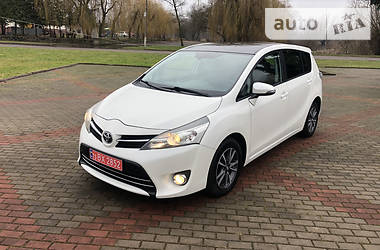Toyota Verso 2013 в Млинове