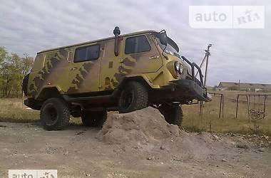УАЗ военный 2008 в Киеве